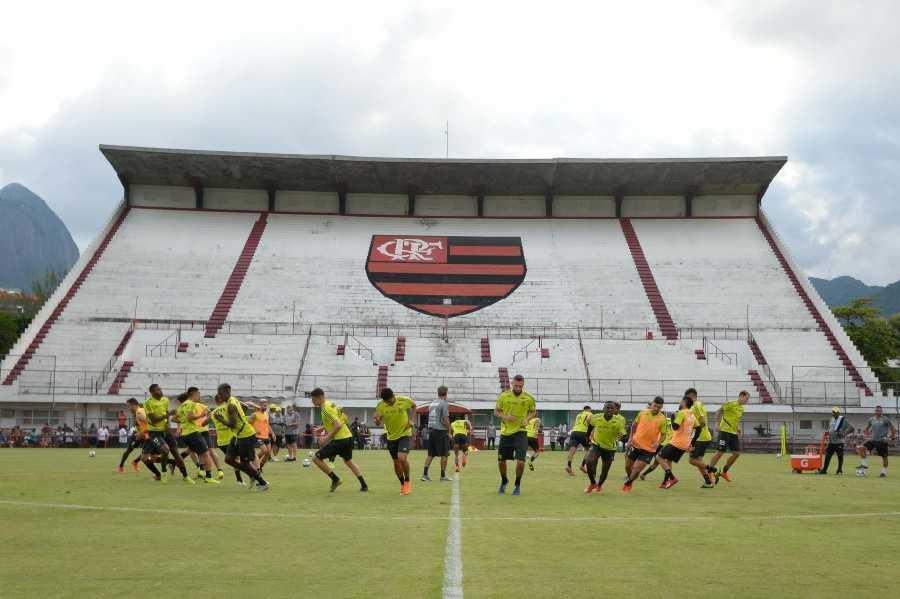 Confira a prov�vel escala��o do Flamengo para a partida contra o Cear�