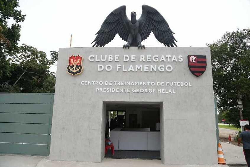 Jornalista Coloca O Flamengo Interessado Em Michael Revelacao Do Time Do Goias Gavea News